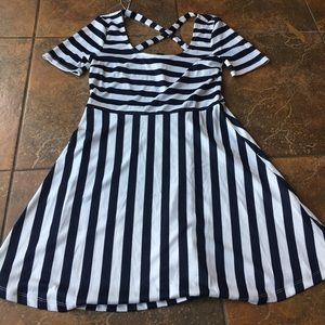 H&M Short Sleeve Striped Dress